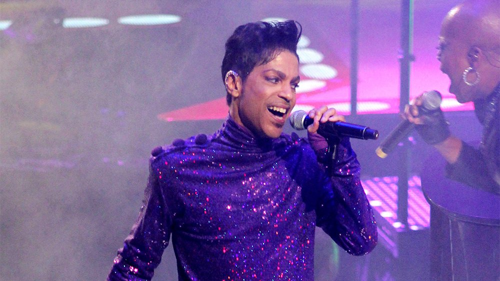 Prosecutor won't file charges in Prince's death investigation