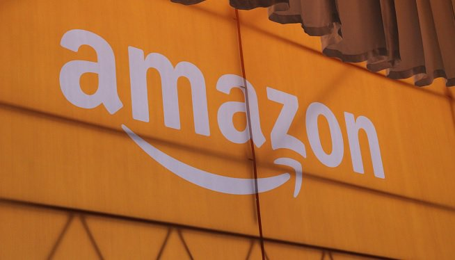 #Amazon, #Microsoft among top companies hiring foreign workers. https://t.co/g3VolXdKNG https://t.co/AGlpigS6oe