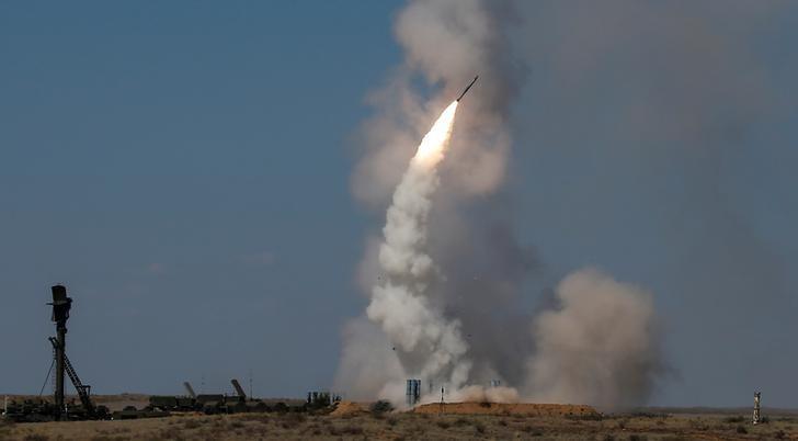 Russia: U.S. strikes remove moral hurdles for S-300 missiles for Assad - RIA