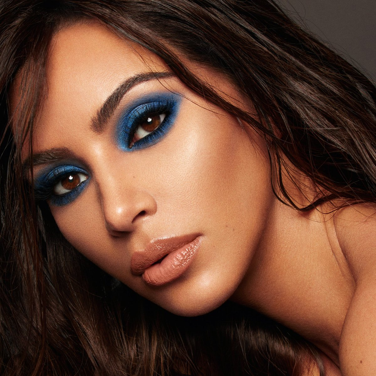 RT @kkwbeauty: #KKWXMARIO will be restocked TODAY at 12PM PST at https://t.co/32qaKbs5YG https://t.co/yUIapLRCu5
