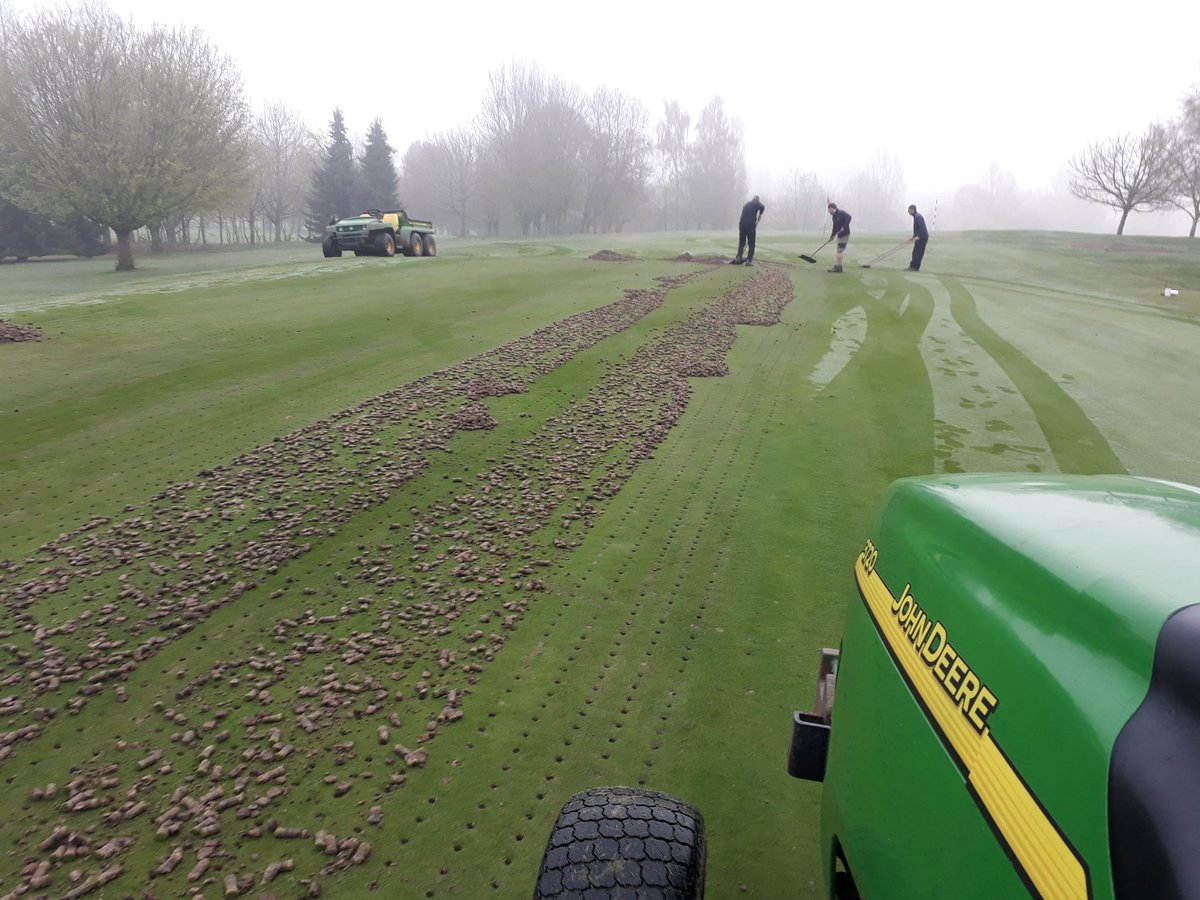 test Twitter Media - A great day working on 2 problem greens. Perfect  conditions  for using STOR-IT from @SherriffAmenity . Will really help improve the greens.a bit of help  from some members today aswell. #golf #greenkeeping https://t.co/i0GeOndPLm