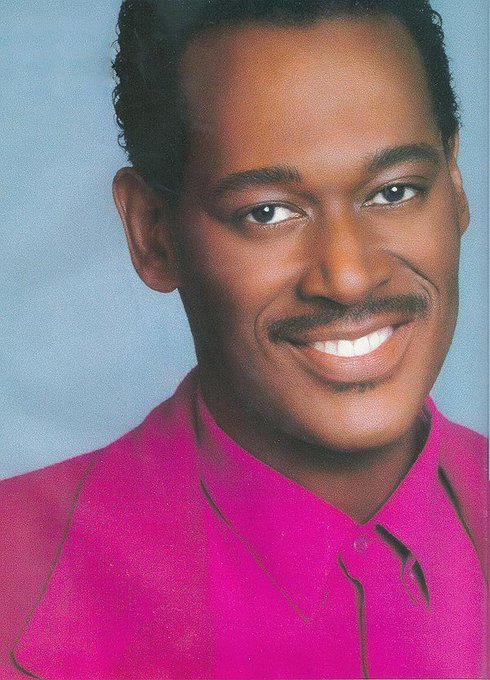 Happy Birthday to the mighty Luther Vandross ! May his soul rest in peace !
