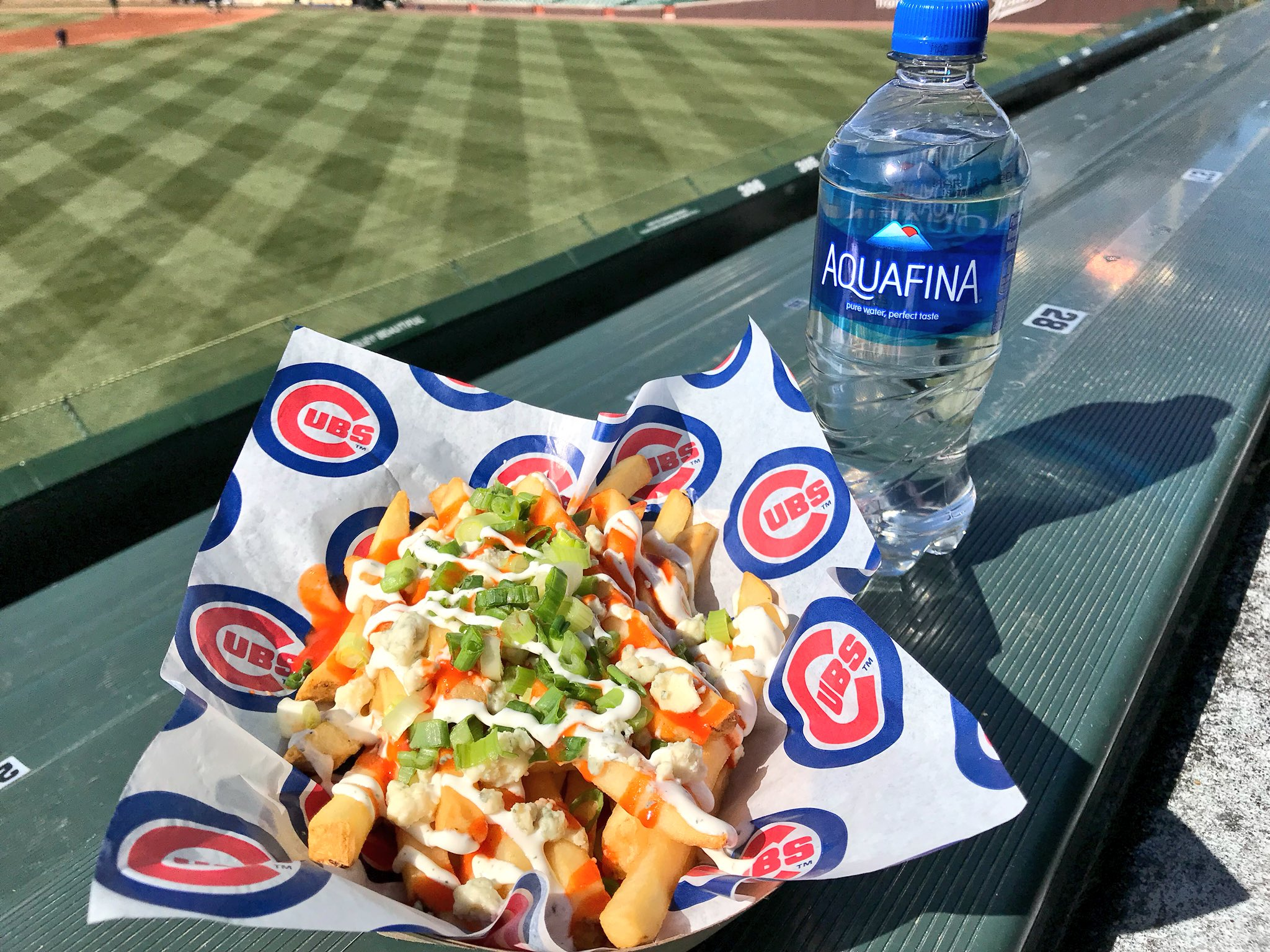 These buffalo fries are wild! #FoodieFridays https://t.co/19edzHTxA4
