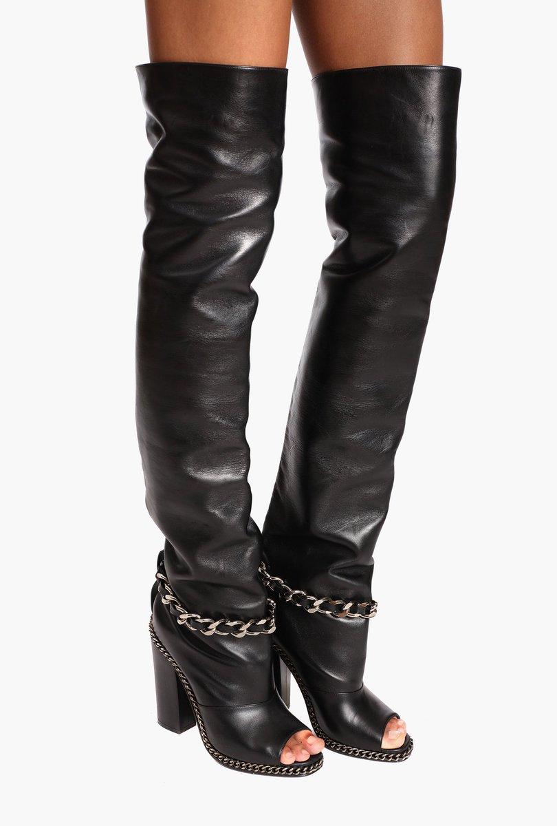 LEGS OF GLORY, Shop #BALMAINSS18 thigh-high boots from the runway: https://t.co/gIhEFArprU https://t.co/R7ZxeyzFxB