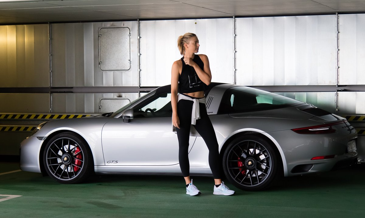RT @PorscheTennis: It´s shooting time for our brand ambassador @MariaSharapova! ???? #porschetennis https://t.co/BnkfeP9J2D