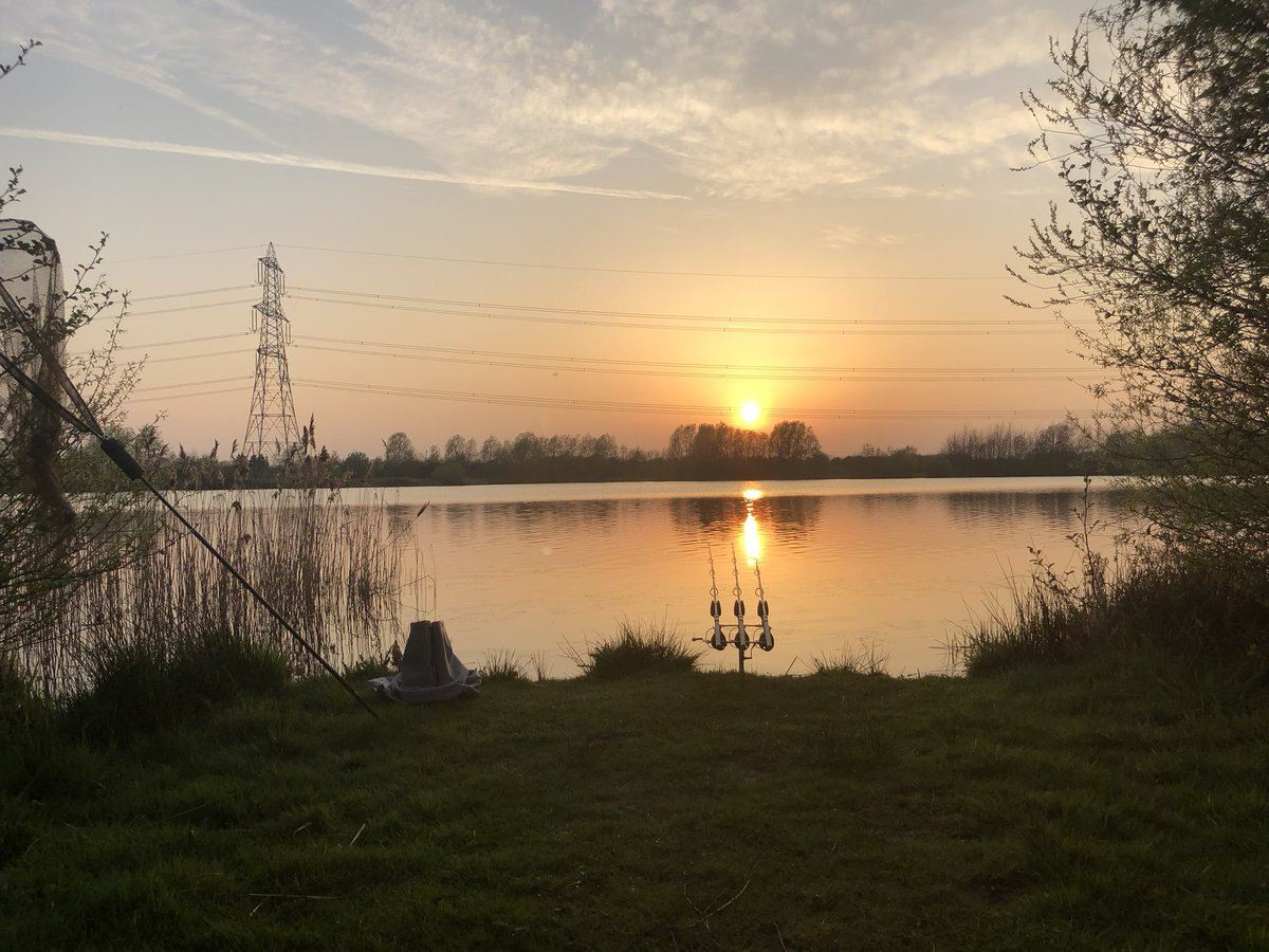 What a day! #carp #carpfishing #spring #<b>Sunset</b> https://t.co/dIHmDMvoLx
