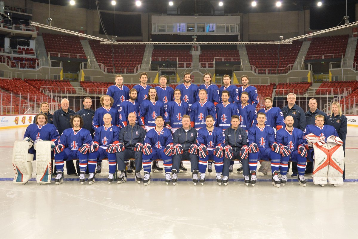 RT @TeamGBicehockey: Your 2018 Great Britain World Championship roster.  📸 @woolster80 https://t.co/G2sCy5Is0y