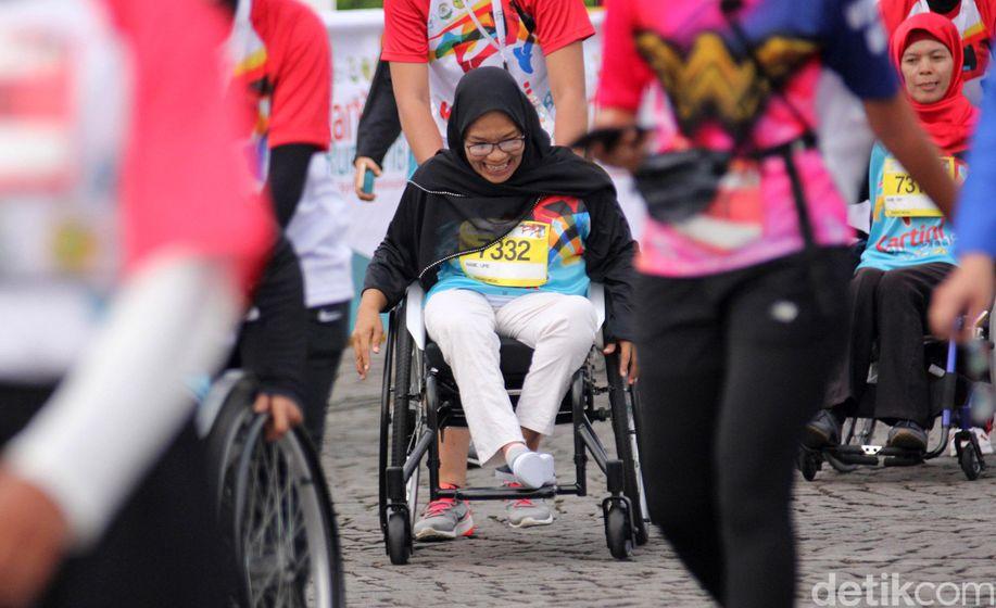 Antusias Para Penyandang disabilitas di Kartini Run 2018 https://t.co/kvvhp9hUFq https://t.co/TiN8gWRGr6