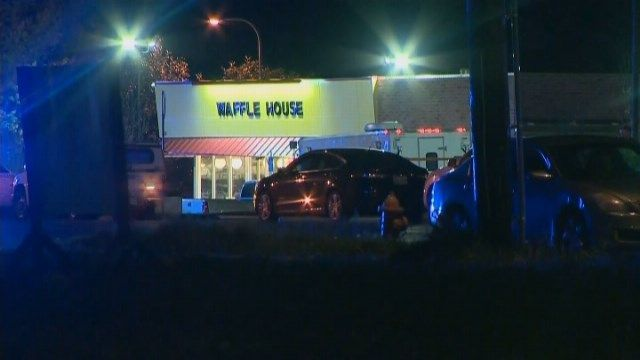 4 dead in Nashville Waffle House shooting; suspect sought - | WBTV Charlotte