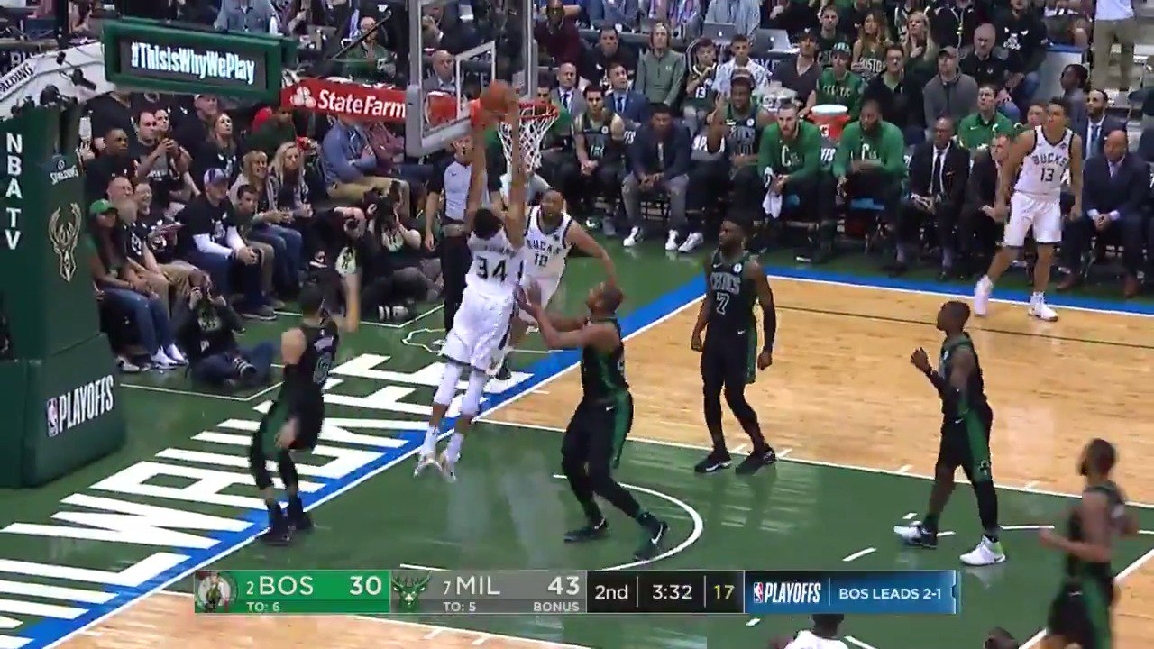 Jabari Parker ➡️ Giannis!  @Bucks 45 | @celtics 32 with 2:36 remaining in the half.  #FeartheDeer #NBAonABC https://t.co/WJiTdJPls1