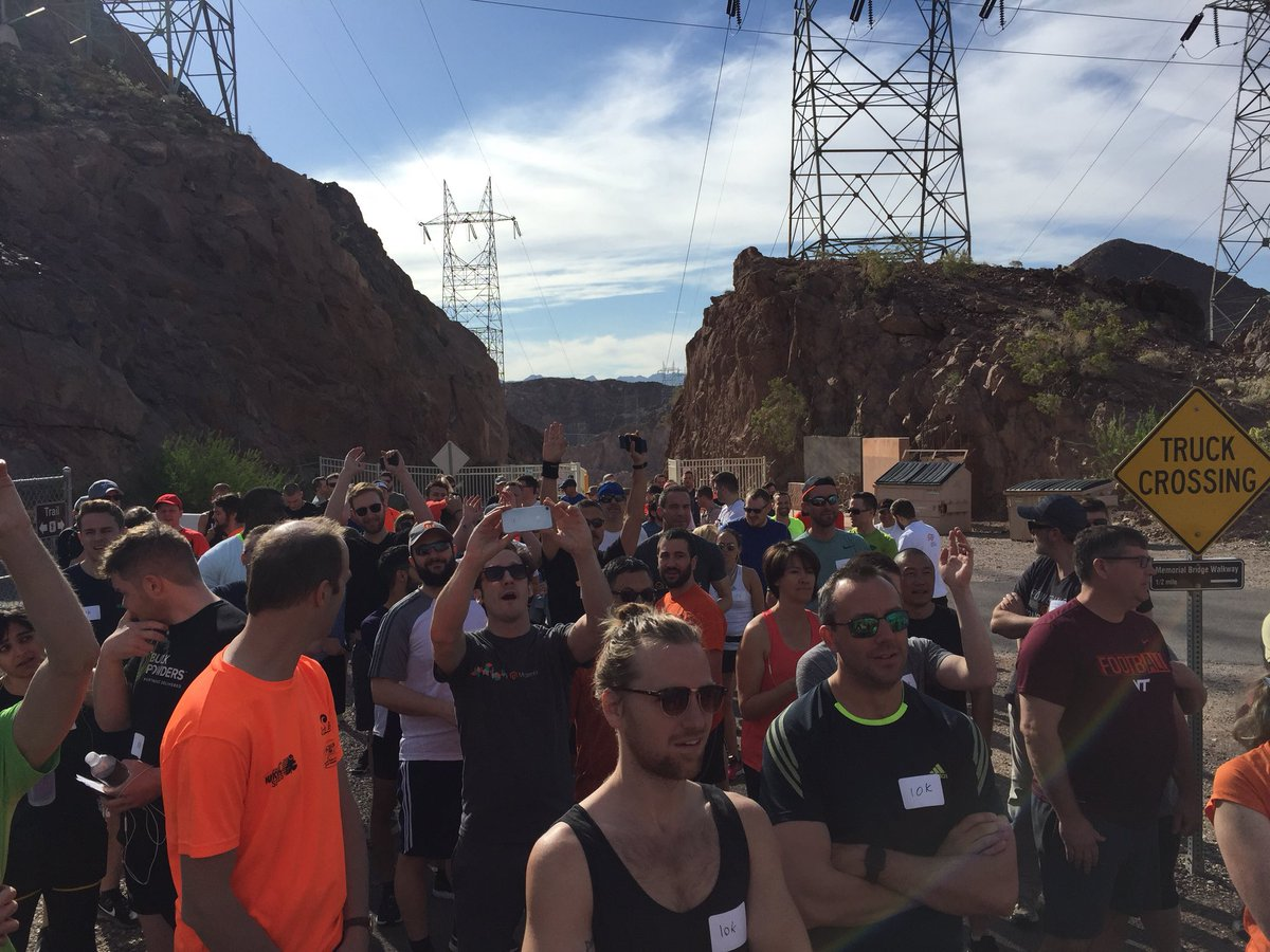 craigpeas: Let #MagentoImagine begin, laboring for annual torture known as the #BigDamRun. #LeadTheCharge @magento https://t.co/j9JwOYZTCF