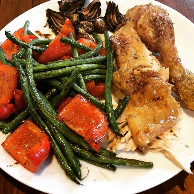 test Twitter Media - Roast chicken cooked with 2 whole garlic bulbs and red onion, served with sautéed beans and red pepper. #simplicity #willstinkofgarlicfordays . .  #bestdietever #type1 #type1keto #type1diabetes #type1diabetic #type1lookslikeme #keto #ketouk #ketosis #ket… https://t.co/Ew6NA0DmjS https://t.co/jo7p1GafOI