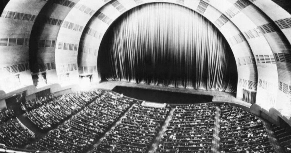 Almanac: The designer of Radio City Music Hall