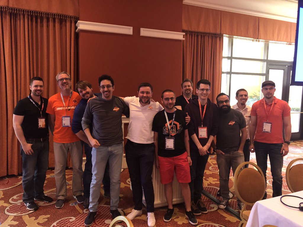 maksek_ua: #MageHackathon2018 Contributors - what a bright team here at #MagentoImagine https://t.co/I6RKNCLWxk