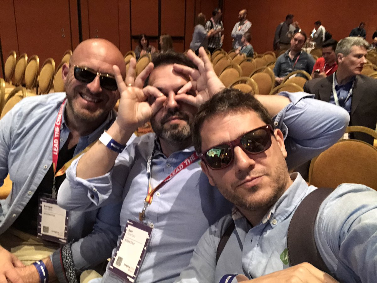 ignacioriesco: The @interactiv4 team is in the room. #magentoimagine partner summit session. https://t.co/zsBwC3QT2r