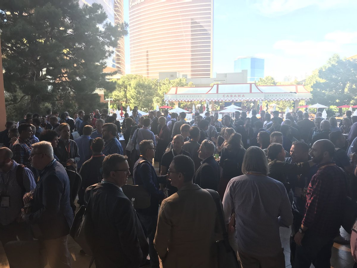 magentogirl: Thanks to @vertex and @vertexerin for sponsoring a great cocktail hour at the #MagentoImagine at the partner summit! https://t.co/S4Pycd5k8T