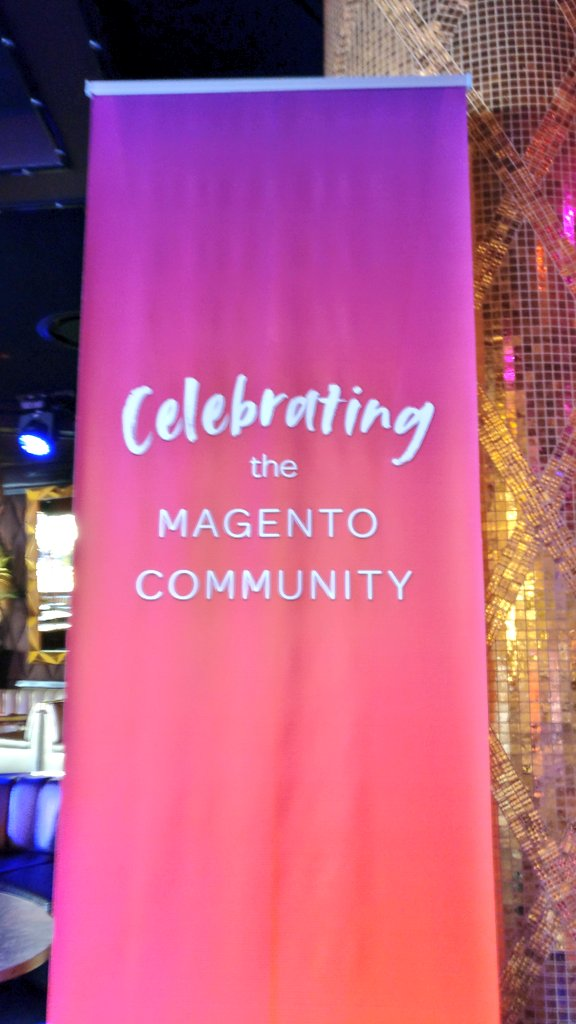 midimarcus: Celebrating #magento community. #MagentoImagine @magespecialist https://t.co/dUuaJup43Z