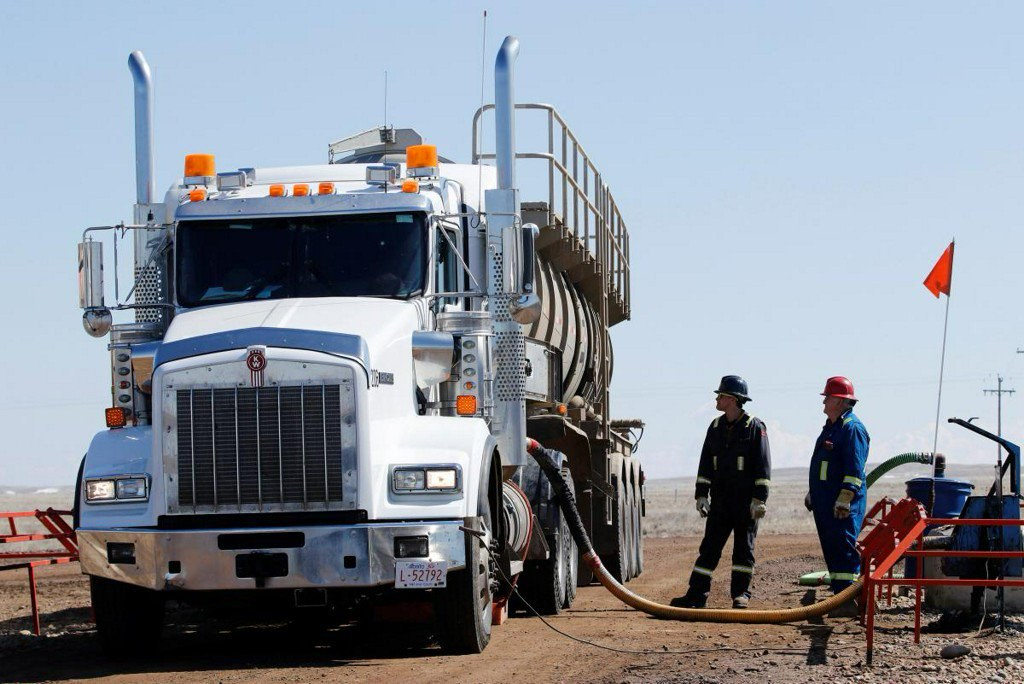 Facing shipping constraints, Canada moving oil one truckload at a time