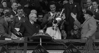 The League Championship trophy was presented to Pompey's captain, Portsmouth born Reg Flewin, by the club president, Field-Marshall Montgomery, after the home game against Huddersfield Town the following week. #PompeyHistory https://t.co/moNIAsBj26