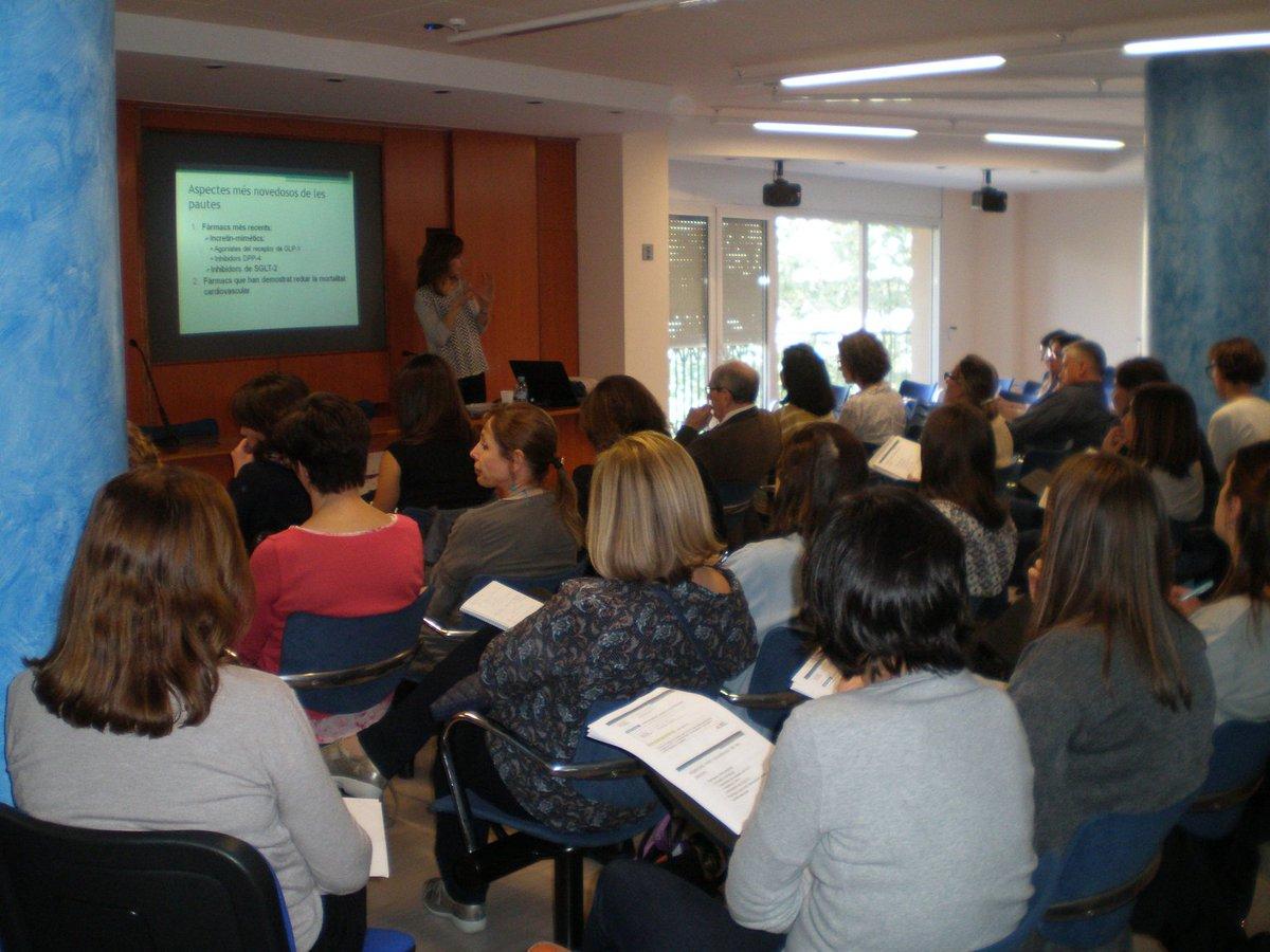 test Twitter Media - Finalitzen les sessions d'actualització en Farmacologia al COF Girona. Desitgem que us hagin estat de molta utilitat. Gràcies per participar! https://t.co/AHWi4Hedl2