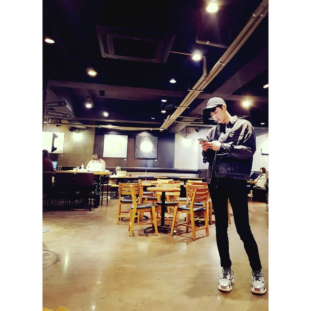 Trans yunho2154: The image photographed by manager. But it came out well^^ ㅋㅋ https://t.co/OhM2lPQDnn