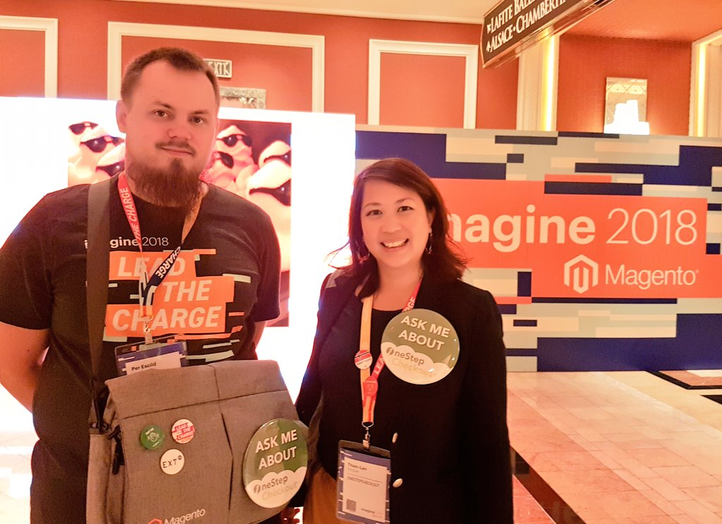 onestepcheckout: Day 1 at #MagentoImagine nLook out for the big buttons!!!nnPhoto credit: @MageMaura https://t.co/kx9jzrAM7S