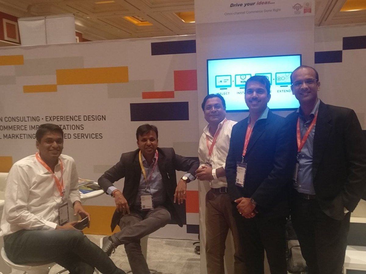 akellaram87: @i95Dev Team at #MagentoImagine https://t.co/Zv5nNsZ7a3