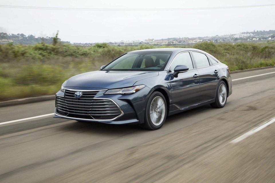 test Twitter Media - Toyota prices hybrid version of new Avalon at $1K more than standard gas model- why it's hard to pass up: https://t.co/Jg4eexTGOQ https://t.co/KO1dJYXVkl
