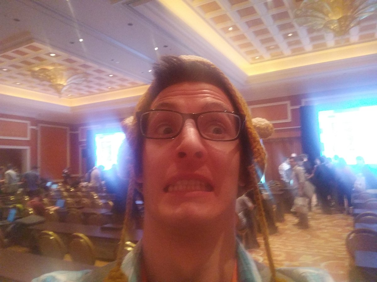 sherrierohde: PSA: This is what happens if you ask @mannersd to take a picture for you. 😂 #MagentoImagine https://t.co/9PZWA9rgOH