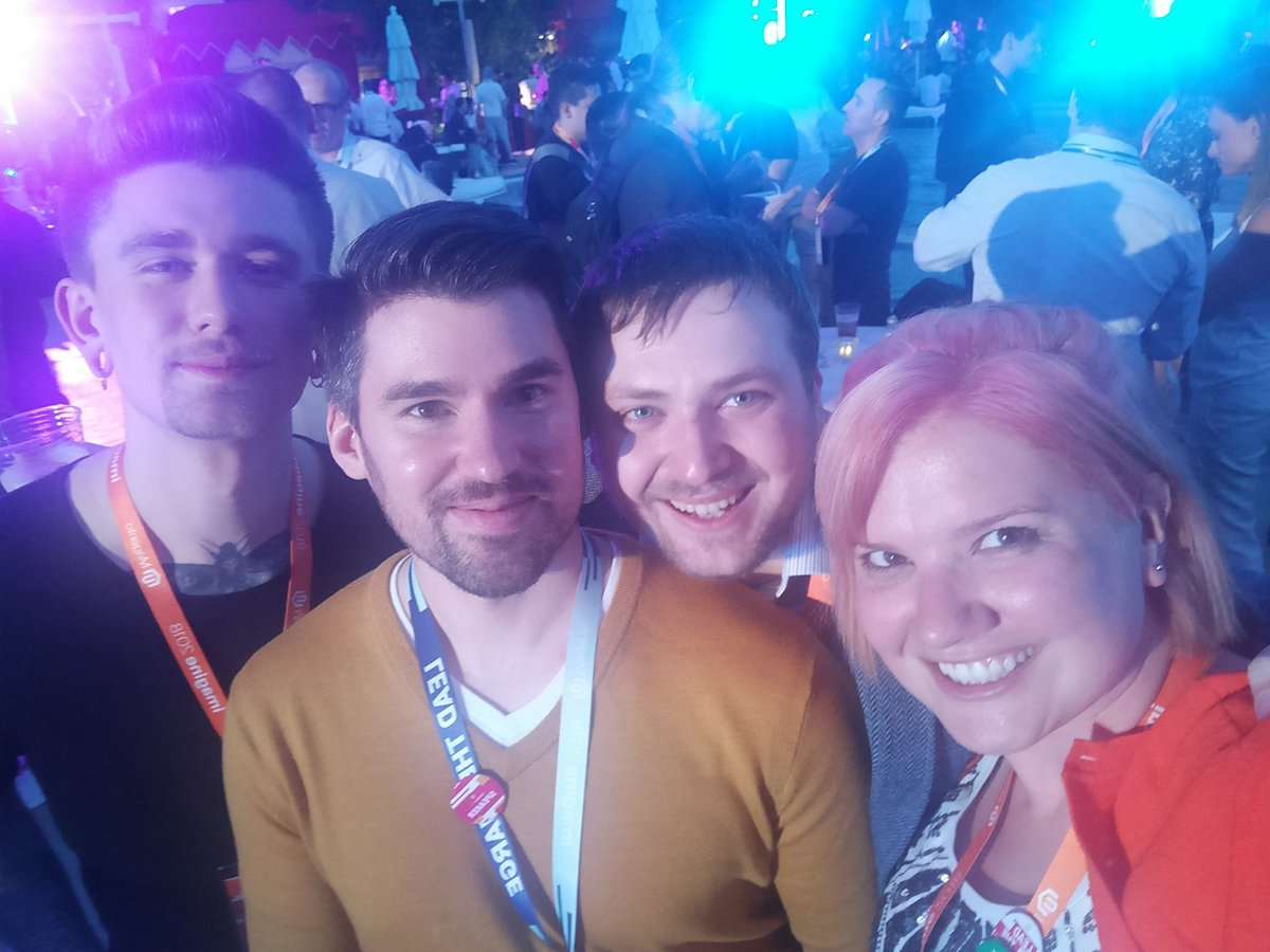 sherrierohde: So many #magefriends everywhereI look at #MagentoImagine! 🎉 https://t.co/hK9AuqFmwa