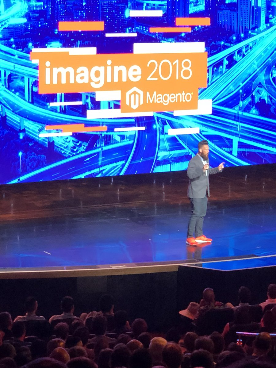neoshops: #MageSympathiser @philwinkle at #MagentoImagine https://t.co/ogPx43LoXd