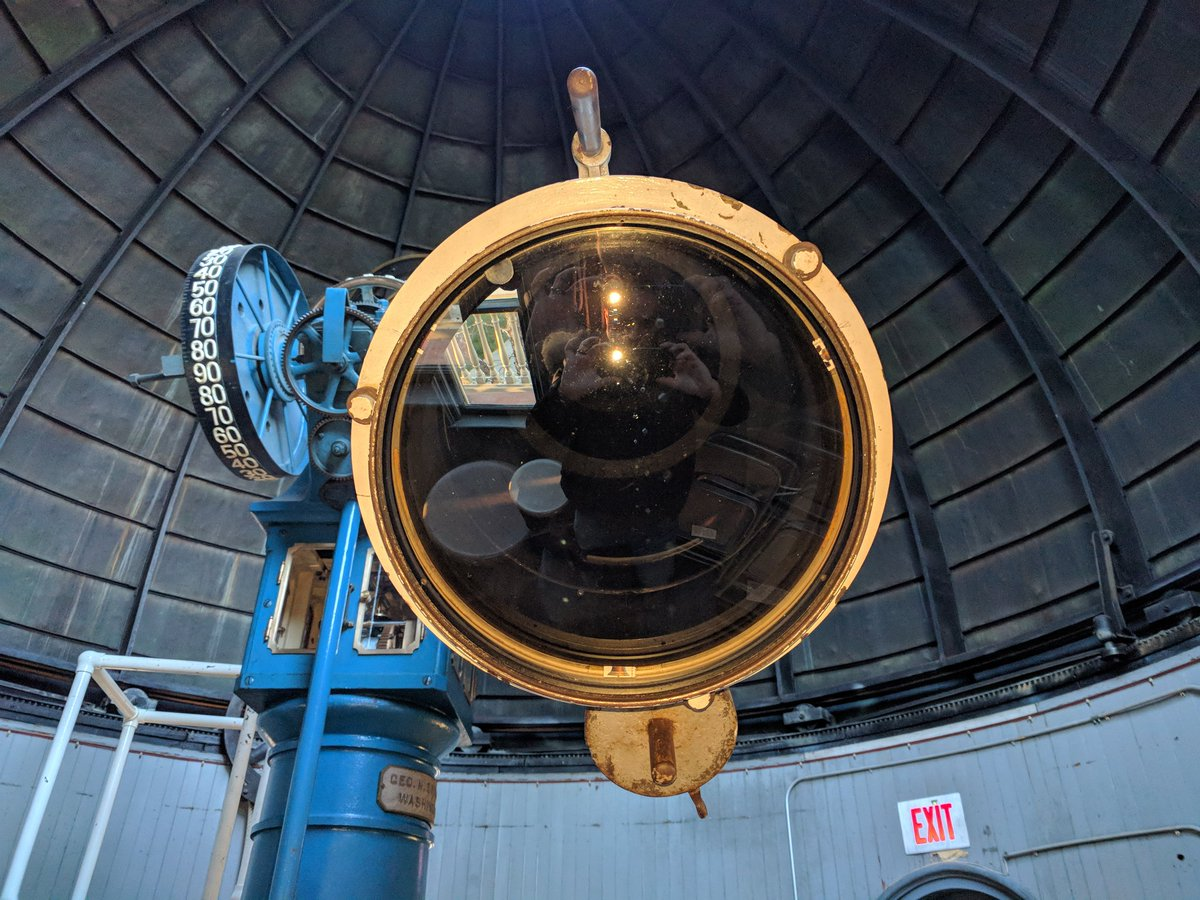 RT @scottiemacneill: The business end of @BrownUniversity antique #Brasheer 12' refractor at @LaddObs. Love this telescope! https://t.co/4o…