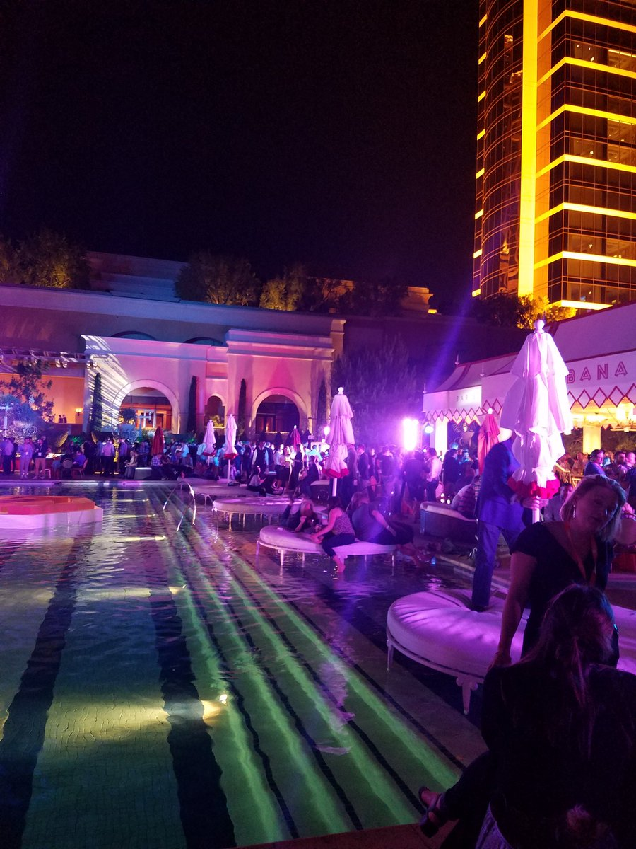 magento: #MagentoImagine Monday Night Party People https://t.co/sK2NTaPWTu