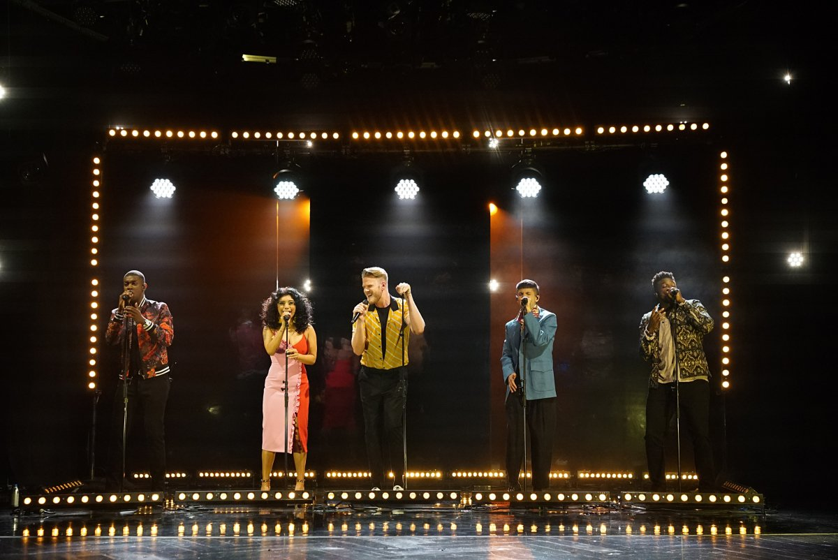First Look: Pentatonix performs on tonight's Late Late Show With James Corden (via CBS) https://t.co/QbXXNEXlkG https://t.co/7AfTeV68QK