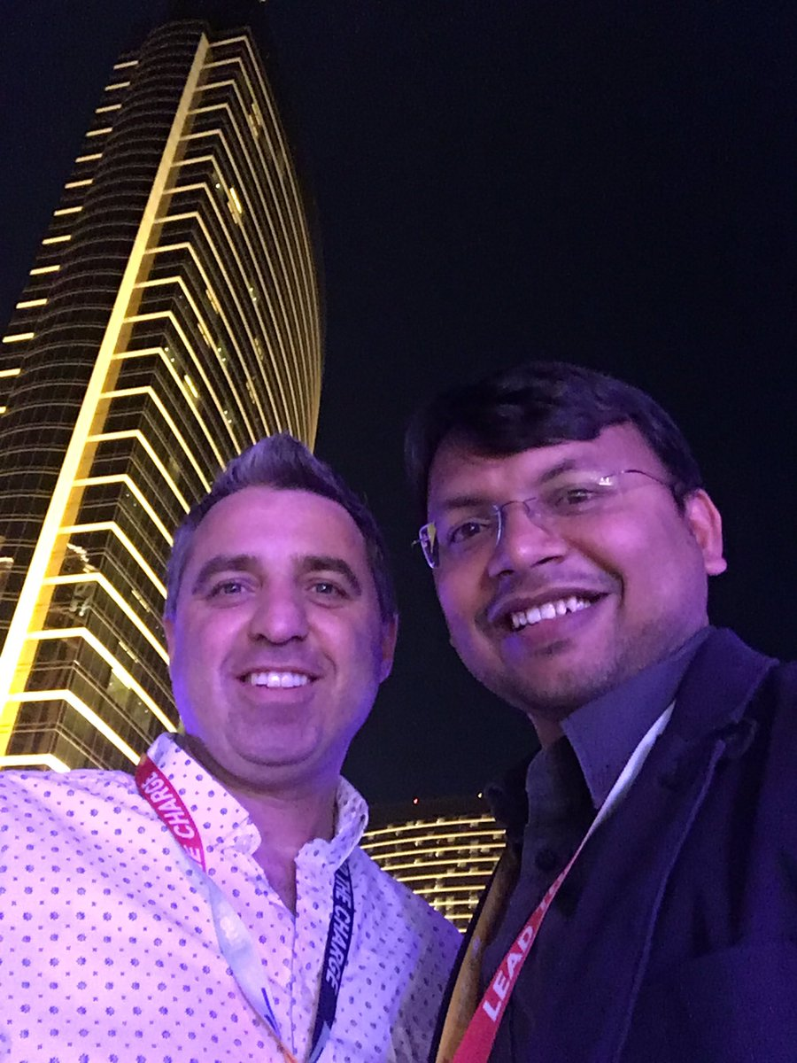 kalpmehta: with @monocat #MagentoImagine https://t.co/Pv3HOr2ZAy