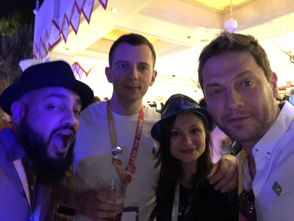ignacioriesco: #MagentoImagine is about #magefriends https://t.co/5OytjWgeJy