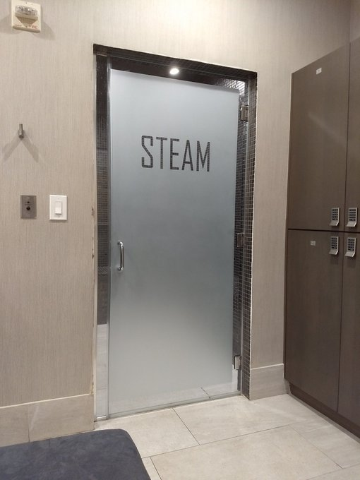 Steam Room at the Oaks in Boca Raton https://t.co/WFXeALFSqQ