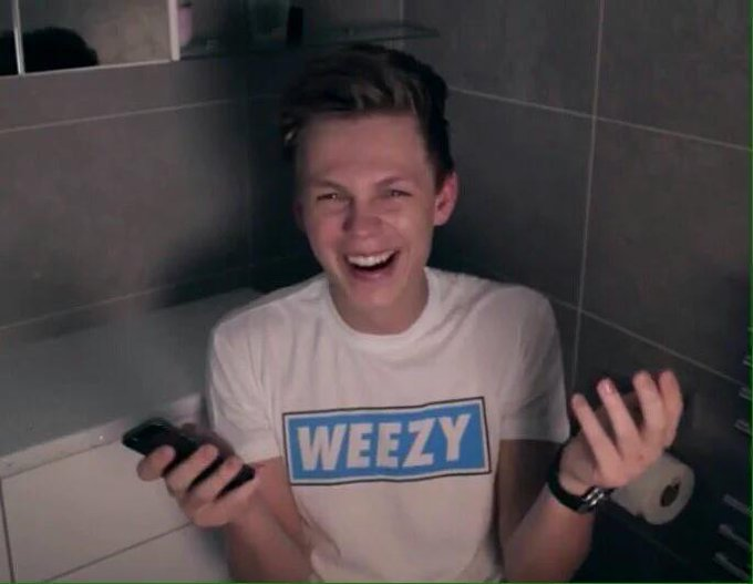 Happy birthday caspar! I hope u have an awesome day and i wish u nothing but the best