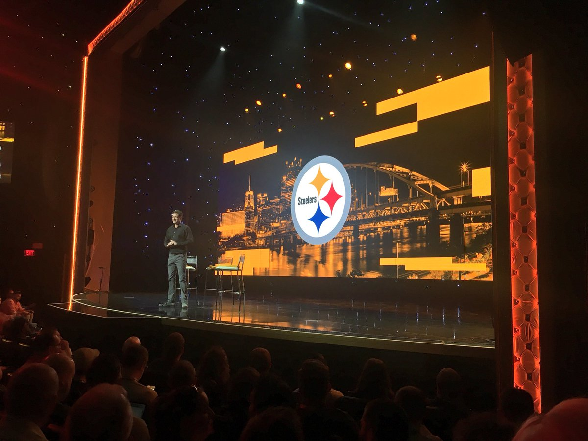 benmarks: .@mklave1 welcomes the @steelers to our stage at #MagentoImagine! https://t.co/3z4JdVKgk2