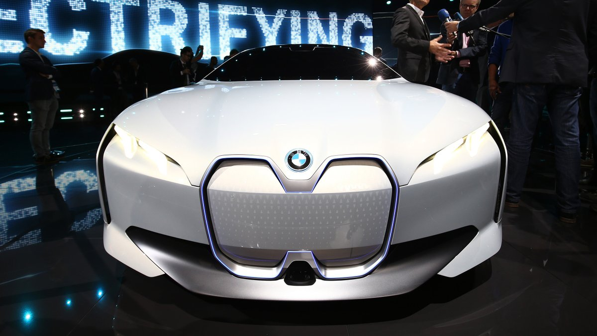 @TheRealAutoblog: .@BMW to pare back presence at 2019 Frankfurt Motor Show: https://t.co/mzEvicgH1j https://t.co/lNt3dSgnjB