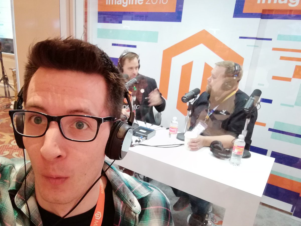 mannersd: In the booth with @benmarks @ecommerceaholic #MagentoImagine https://t.co/zpFrE4ASEF
