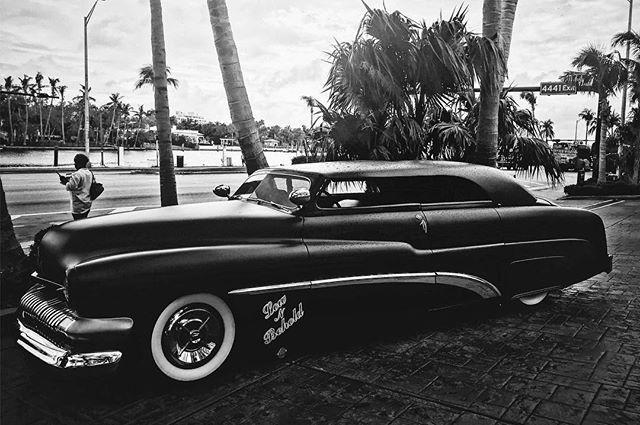 test Twitter Media - Low N Behold.⠀ .⠀ .⠀ .⠀ .⠀ #custom #classic #car #lowrider #choptop #miami #miamibeach #florida #fl #fountaineblue #morning #iphone #iphone7plus #vsco #vscocam #halide #shotwithhalide #shotoniphone #raw #bnw #blackandwhitephotography #monochrome … https://t.co/Yi7qrkSjL3 https://t.co/MgMEfTYGTJ