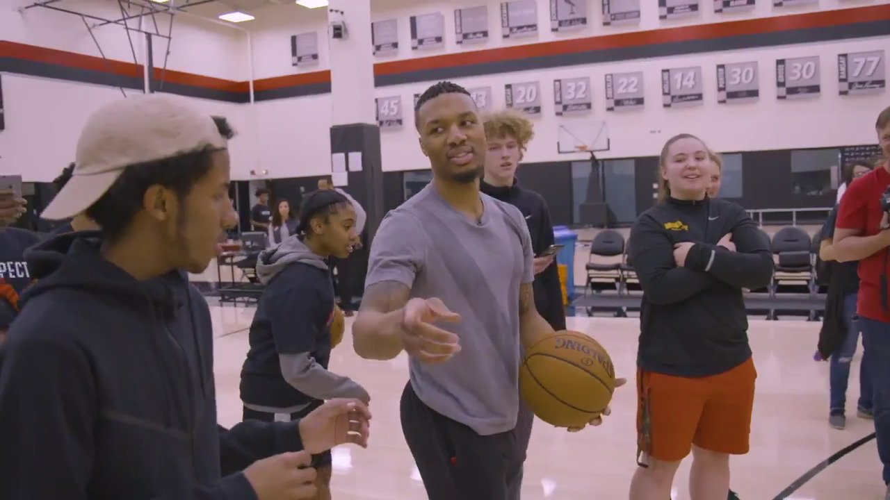 A look back at @Dame_Lillard's 2017-18 'RESPECT' campaign focusing on students at Roosevelt and Parkrose https://t.co/pYqOMXQjmm
