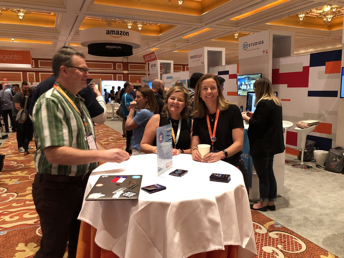 ShipperHQ: @ShipperHQ and @blueacorn booths are busy busy!  #MagentoImagine https://t.co/8UP2DrCCq0