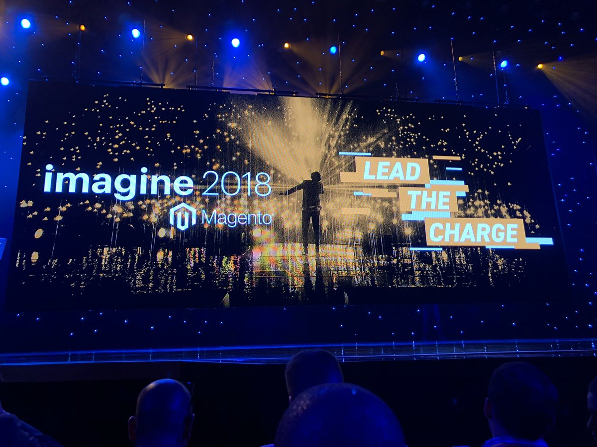jerry_bergquist: Front and center for tonight's keynote with Jamie Foxx.  #MagentoImagine https://t.co/NDeSNxWoF1