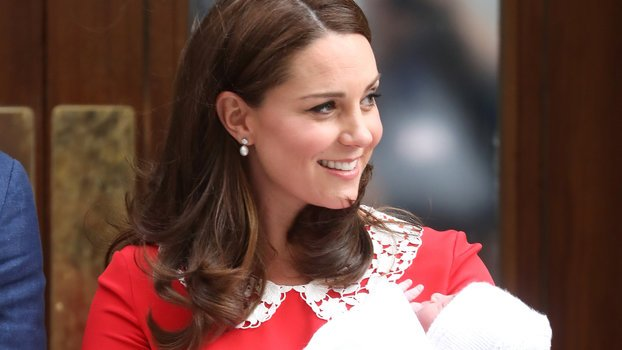 @InStyle: Why does #KateMiddleton leave the hospital so soon after giving birth? https://t.co/Fyj9H89xRf https://t.co/mrrrvbF1aL