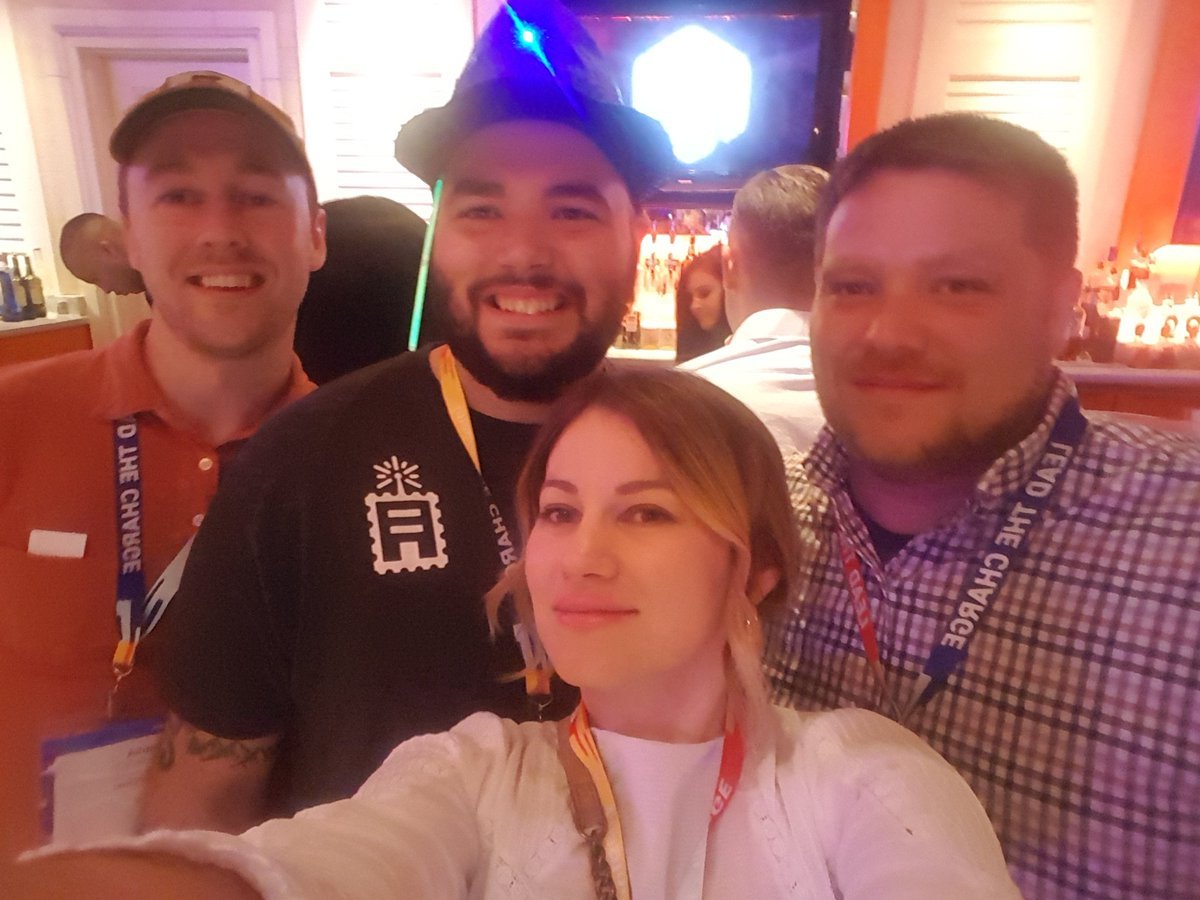 Antonija_Tadic: @ShipperHQ crew at #MagentoImagine https://t.co/9ZpsaiuUNw