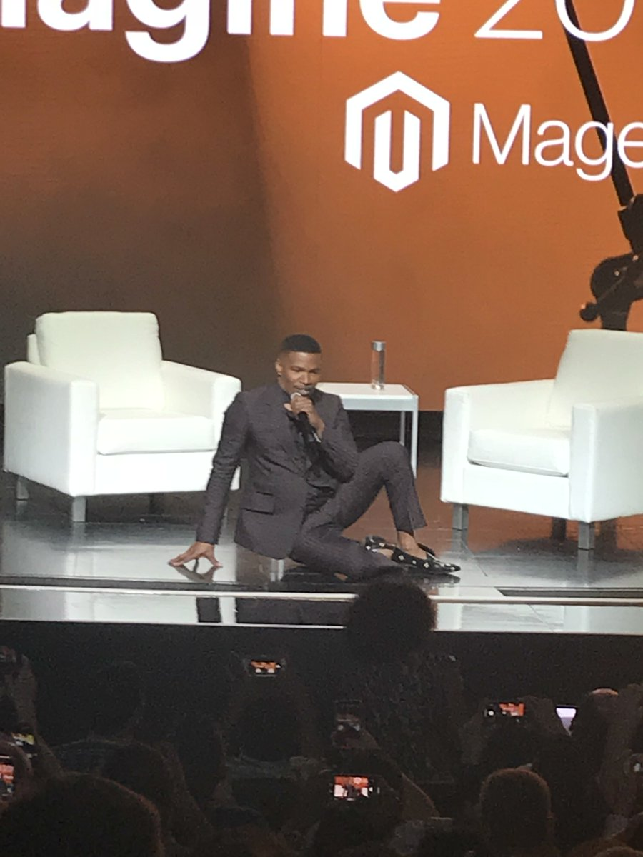 joshdw1: Jamie Foxx killing it at #MagentoImagine ! https://t.co/4YhJZZ9jId
