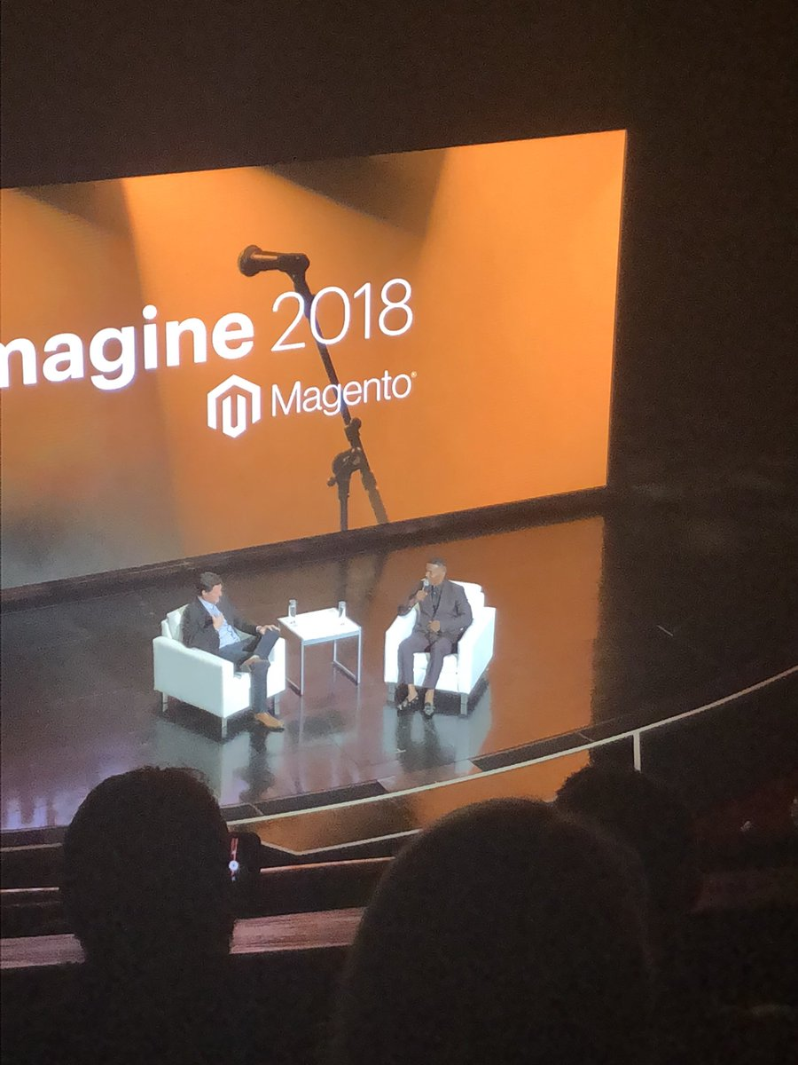 AmandaF_Batista: Jamie Foxx lighting up Vegas with major energy! #magentoimagine https://t.co/1oM3wZb86I