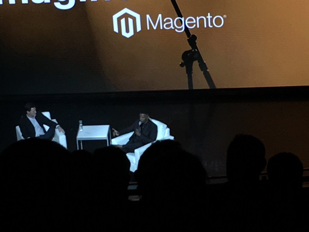 littlebitquirk: Jamie Foxx is killing it at #MagentoImagine https://t.co/n0IjlFOzIl
